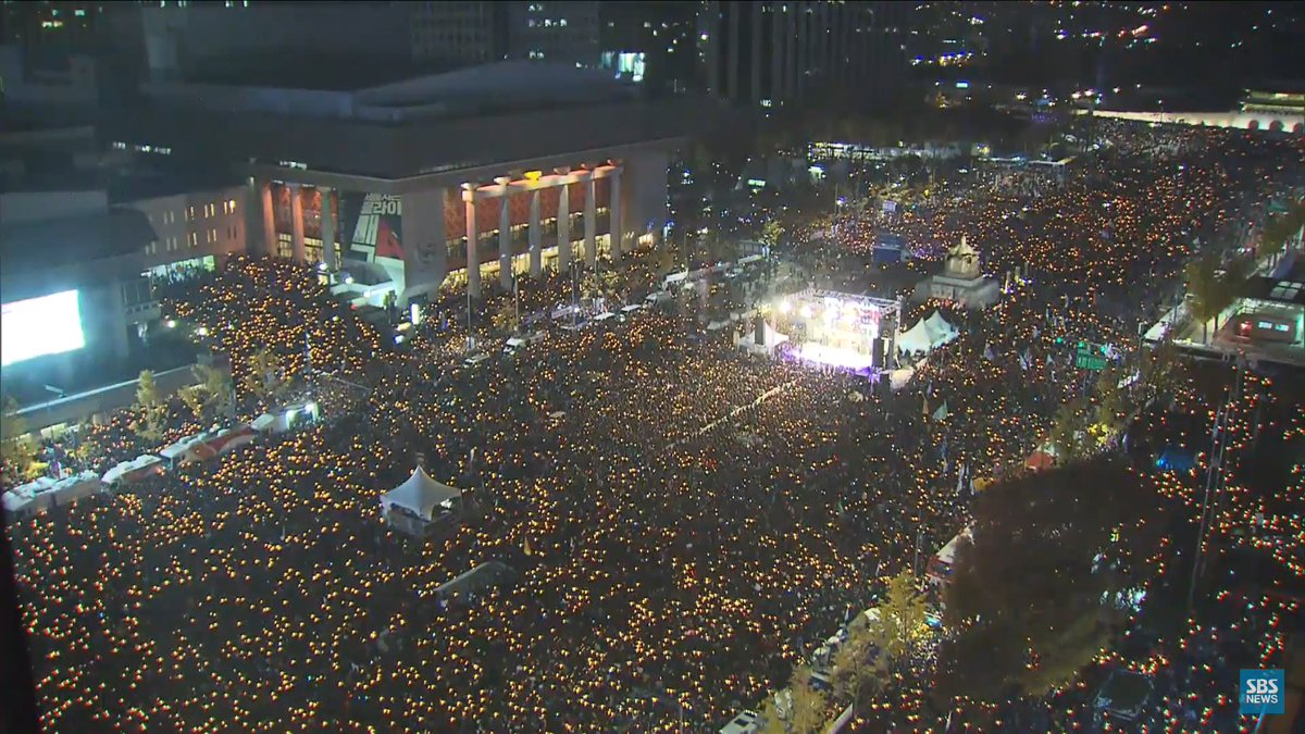 imagine-500k-to-1-million-people-gathered-in-the-nations-capitol-to-protest-a-corrupt-president-its-happening-in-s-korea-right-now